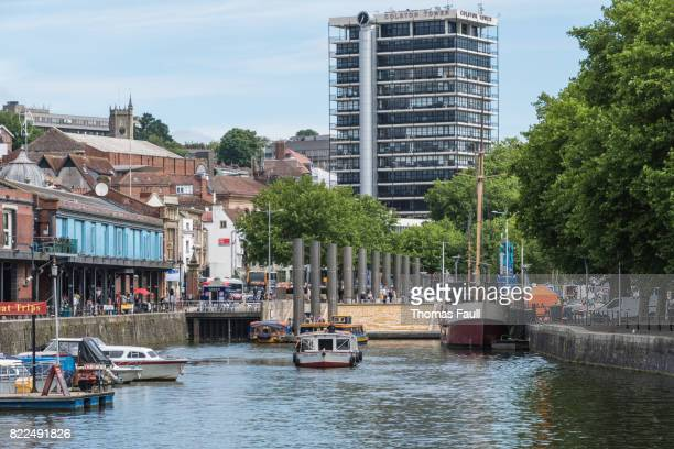 waterfront area of bristol with boats moored up - bristol stock photos and pictures
