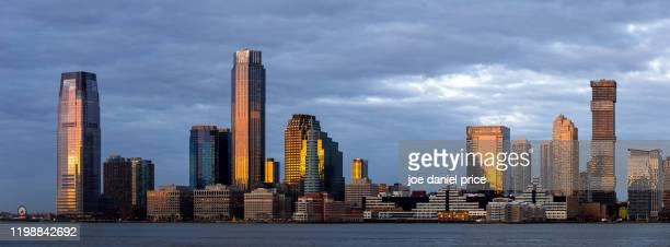waterfront, jersey city, new jersey, america - new jersey stock-fotos und bilder