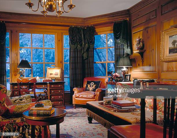 waterfront residence with traditional style interior design - wood panelling stock pictures, royalty-free photos & images