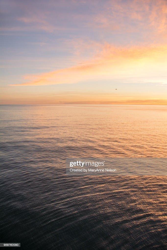 Water's Bright Sunset : Stock-Foto