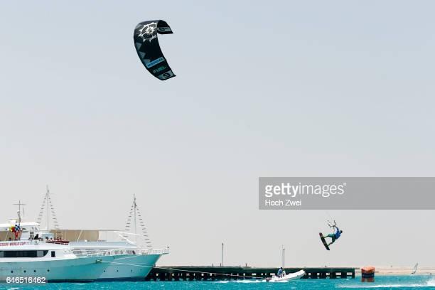 Watersports / Kitesurf Linus Erdmann Red Sea Kitesurf World Cup in Soma Bay vor dem Fahrerhotel Palm Royale Resort direkt vor dem angegliederten...