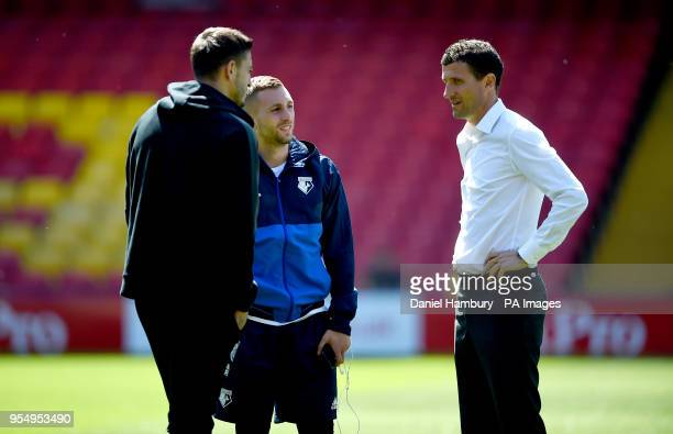 Watford manager Javi Gracia Gerard Deulofeu and Newcastle United's Joselu have a conversation before the Premier League match at Vicarage Road Watford
