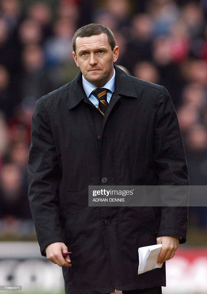 Watford's manager Ady Boothroyd is pictured on the sidelines during the Premiership football match against Liverpool at Vicarage Road in Watford 13 January 2007. Liverpool won the game 3-0. AFP PHOTO ADRIAN DENNIS Mobile and website uses of domestic English football pictures subject to subscription of a license with Football Association Premier League (FAPL) tel : +44 207 298 1656. For newspapers where the football content of the printed and electronic versions are identical, no licence is necessary.
