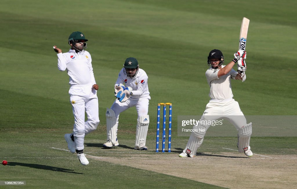 New Zealand v Pakistan - 3rd Test: Day Two : News Photo