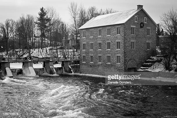"""watsons mill in manotick - """"danielle donders"""" stock pictures, royalty-free photos & images"""