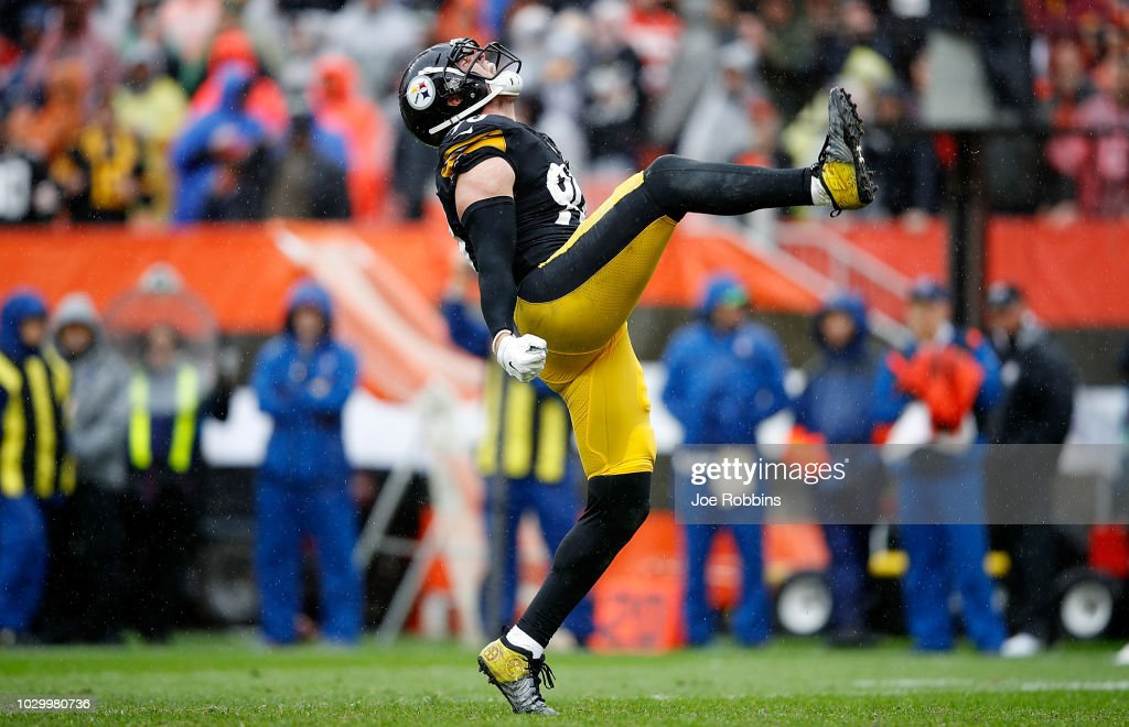 T.J. Watt #90 of the Pittsburgh Steelers reacts after making a sack during the third quarter against the Cleveland Browns at FirstEnergy Stadium on September 9, 2018 in Cleveland, Ohio.