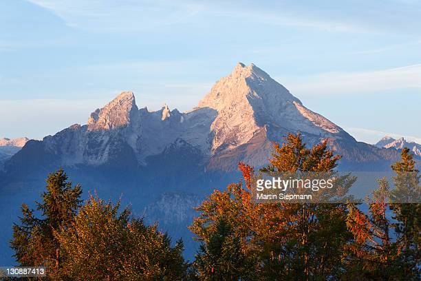 watzmann mountain, in the morning, view from kneifelspitze mountain near berchtesgaden, berchtesgaden alps, berchtesgadener land district, upper bavaria, germany, europe - berchtesgaden alps stock photos and pictures