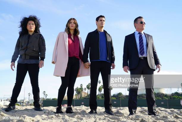 Wave Goodbye Team Scorpion must prevent an incoming tsunami from hitting a vulnerable nuclear power facility and Toby secretly helps his exfiancé...