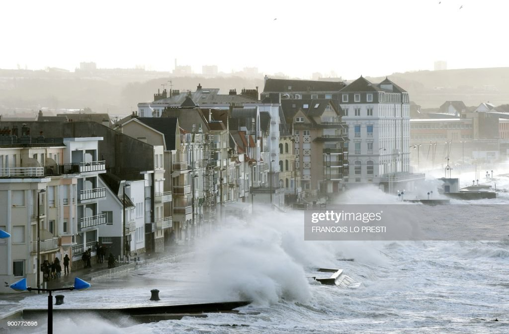 200,000 - Number of households without power in France due to winter storm Eleanor.