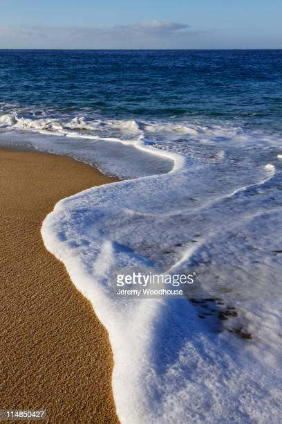 waves on beach - jeremy woodhouse stock pictures, royalty-free photos & images