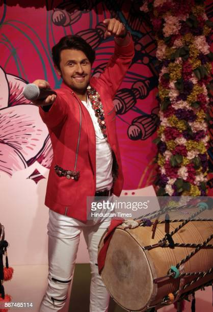 A wax figure of Bollywood singer Sonu Nigam displayed at Madame Tussauds Wax Museum at Connaught Place on October 24 2017 in New Delhi Located in the...