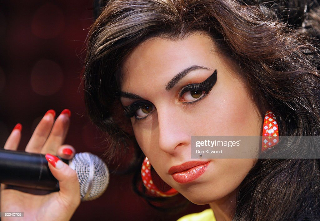 Amy Winehouse - Waxwork Unveiling : Fotografía de noticias