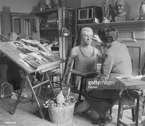 A waxwork of Caryl Chessman being sculpted for the Chamber of Horrors at Madame Tussauds in London circa 1960 Chessman was executed in the gas...