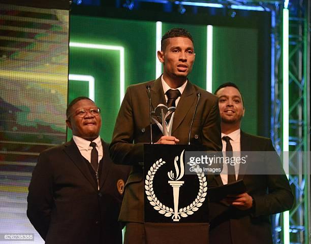 Wayde van Niekerk receives his award during the SA Sports Awards on November 27 2016 in Bloemfontein South Africa The 2016 SA Sport Awards recognise...