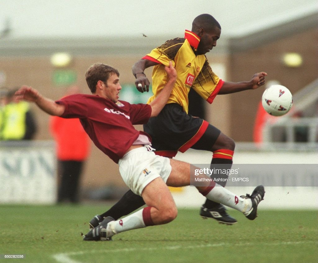 Soccer - AXA FA Cup First Round - Northampton Town v Watford : News Photo