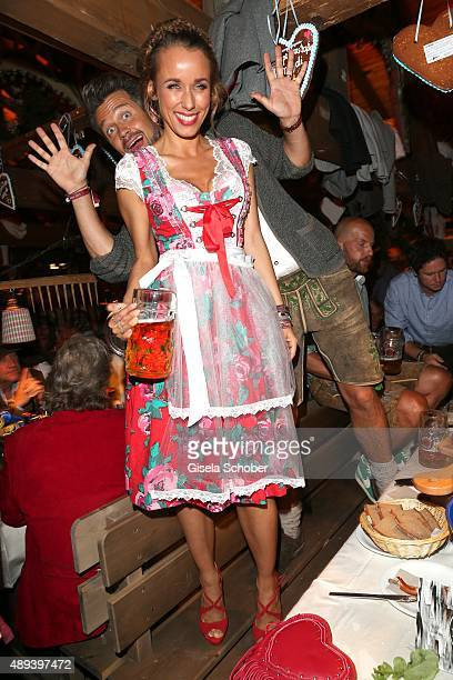 Wayne Carpendale and his wife Annemarie Carpendale attend the Almauftrieb during the Oktoberfest 2015 at Kaeferschaenke beer tent on September 20...