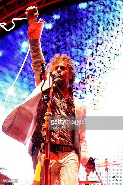 Wayne Coyne of The Flaming Lips performs during the 2009 Rites of Spring Music Festival on the Campus Alumni Lawn at Vanderbilt University on April...