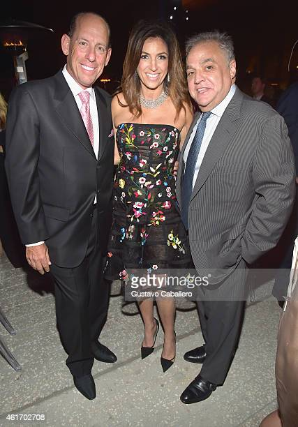 Wayne E Chaplin Arlene Chaplin and Lee Schrager attend Perez Art Musem supporters and Miami's philanthropic leaders gather at PAMM Art of the Party...
