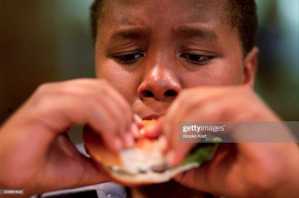 OBESE CHILDREN : News Photo