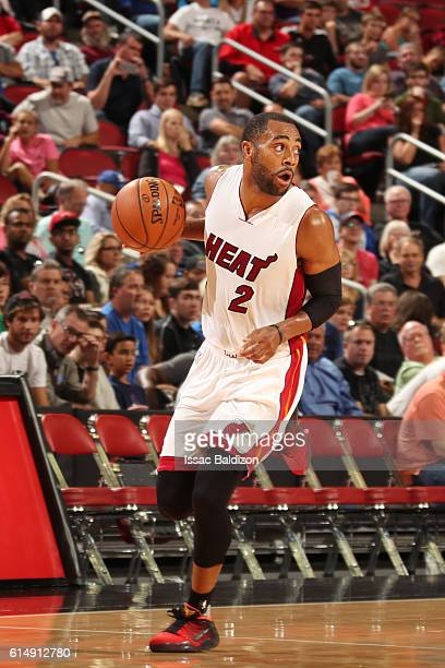 Wayne Ellington of the Miami Heat handles the ball during a preseason game against the Minnesota Timberwolves on October 15 2016 at KFC Yum Center in...