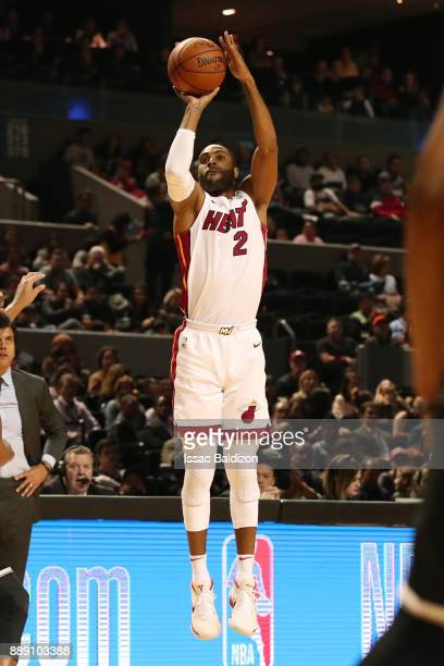 Wayne Ellington of the Miami Heat shoots the ball against the Brooklyn Nets as part of the NBA Mexico Games 2017 on December 9 2017 at the Arena...