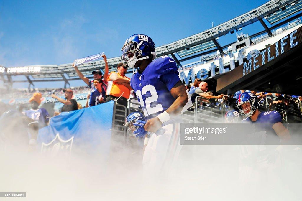 Buffalo Bills vNew York Giants : News Photo