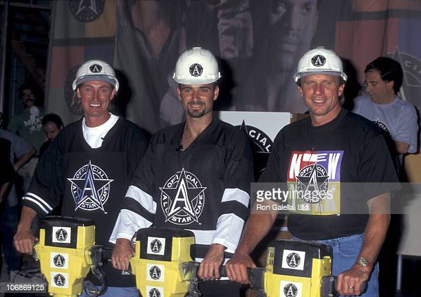 Wayne Gretzky Andre Agassi and Joe Montana during Robert Earl Hosts the Groundbreaking for the Official All Star Cafe August 24 1995 at Bertelsmann...
