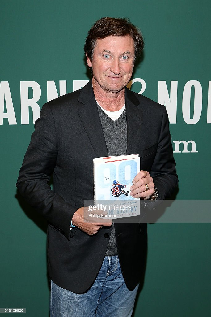 """Wayne Gretzky Book Signing For """"99 Stories Of The Game"""""""