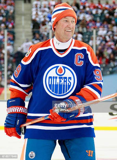 Wayne Gretzky of the Edmonton Oilers alumni plays in the 2016 Tim Hortons NHL Heritage Classic Alumni Game against the Winnipeg Jets alumni at...
