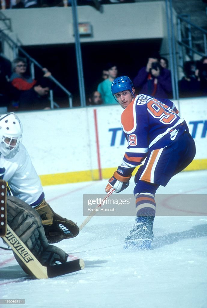 Wayne Gretzky #99 of the Edmonton Oilers skates on the ice during an NHL game against the Hartford Whalers on November 15, 1986 at the Hartford Civic Center in Hartford, Connecticut.