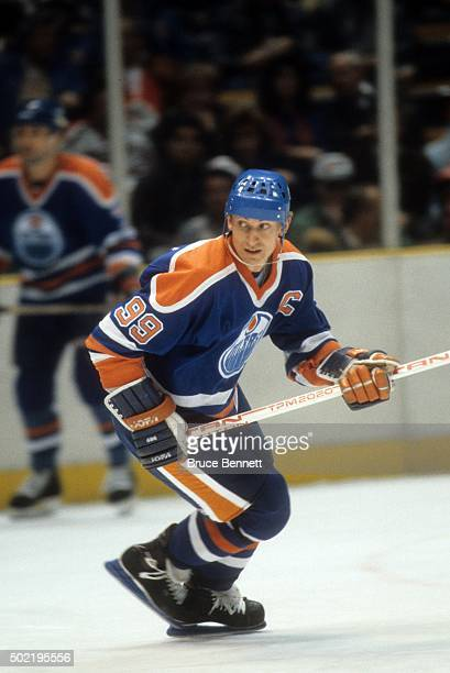 Wayne Gretzky of the Edmonton Oilers skates on the ice during an NHL game circa 1987