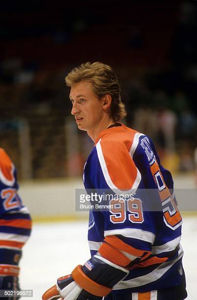 Wayne Gretzky of the Edmonton Oilers skates on the ice during warmups before an NHL game against the New Jersey Devils on March 23 1987 at the...