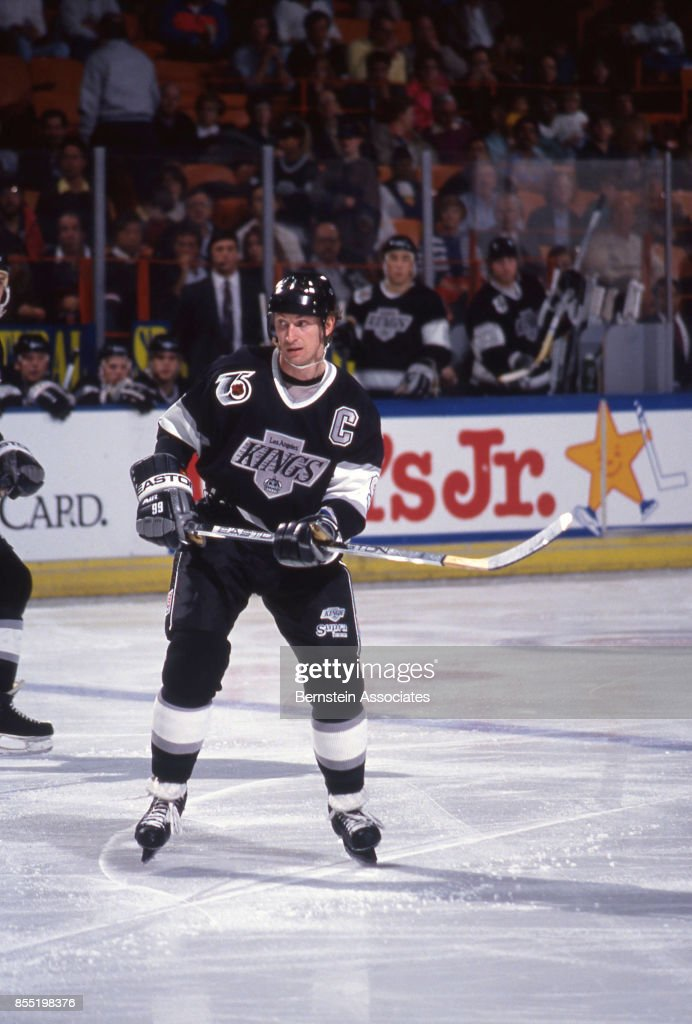 huge discount 89564 b389b Wayne Gretzky of the Los Angeles Kings on March 13, 1992 at ...