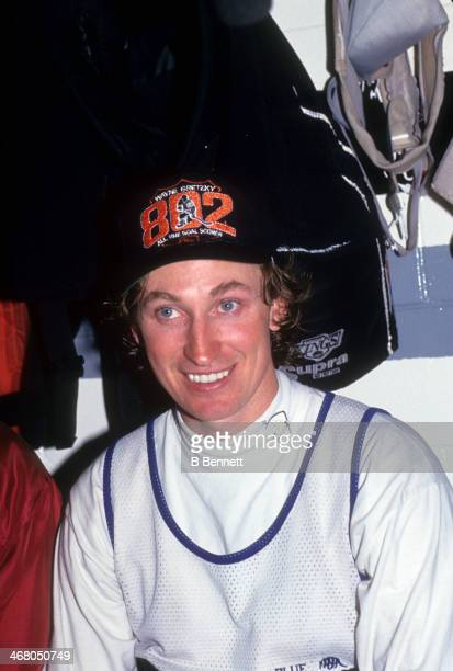 Wayne Gretzky of the Los Angeles Kings poses in the locker room after he scored his 802nd career goal in the game against the Vancouver Canucks on...