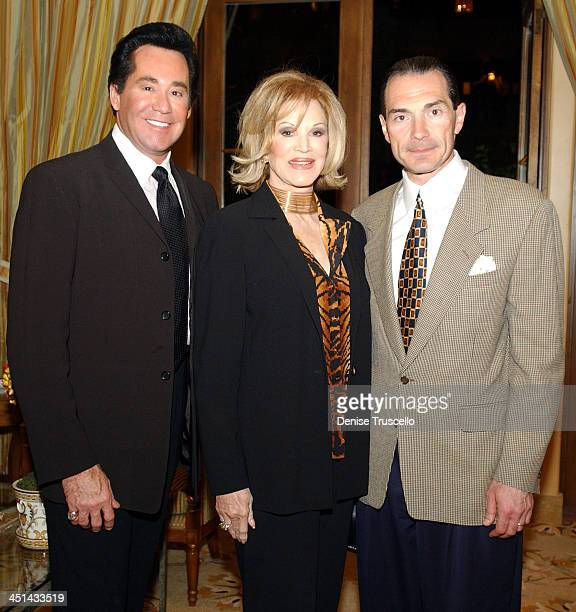 Wayne Newton Phyllis McGuire and Chairman and CEO of MGM Alex Yemenidjian at the advance screening of John Woo's Windtalkers