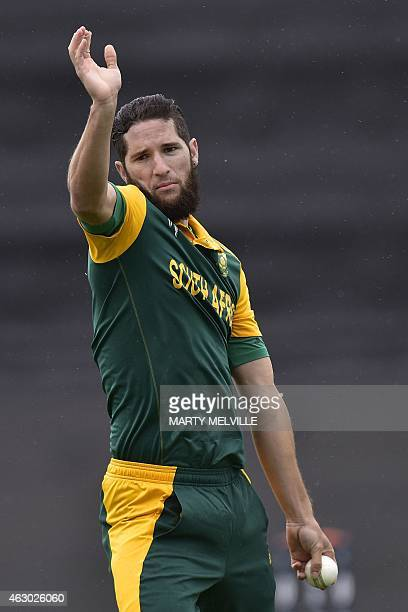 Wayne Parnell of South Africa bowls during the first Cricket World Cup oneday warmup match between South Africa and Sri Lanka at Hagley Park Oval in...