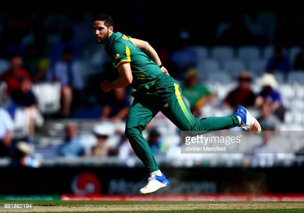 Wayne Parnell of South Africa bowls during the ICC Champions Trophy match between Sri Lanka and South Africa at The Kia Oval on June 3 2017 in London...