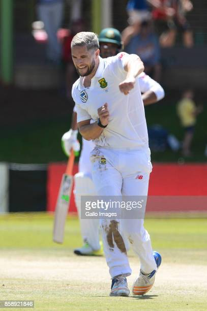 Wayne Parnell of the Proteas celebrates the wicket of Mushfiqur Rahim of Bangladesh during day 3 of the 2nd Sunfoil Test match between South Africa...