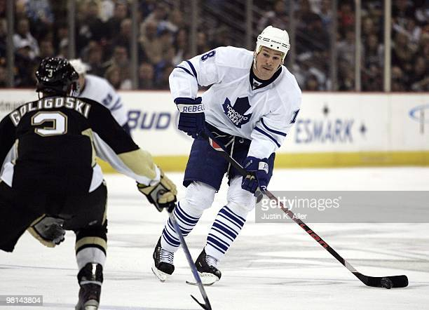 Wayne Primeau of the Toronto Maple Leafs handles the puck against the Pittsburgh Penguins at Mellon Arena on March 28 2010 in Pittsburgh Pennsylvania...