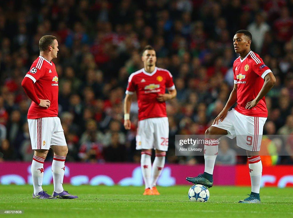 Manchester United FC v VfL Wolfsburg - UEFA Champions League : News Photo