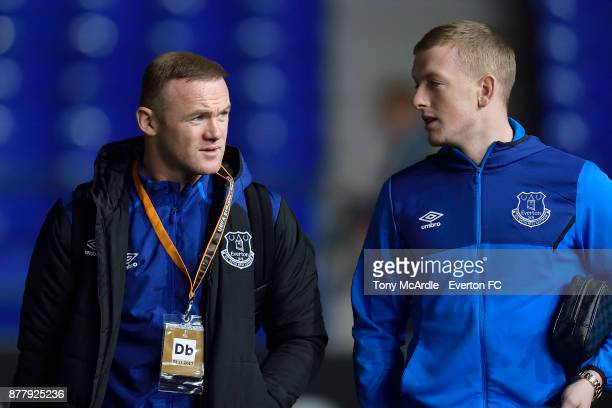 Wayne Rooney and Jordan Pickford of Everton arrives before the UEFA Europa League group E match between Everton and Atalanta at Goodison Park on...