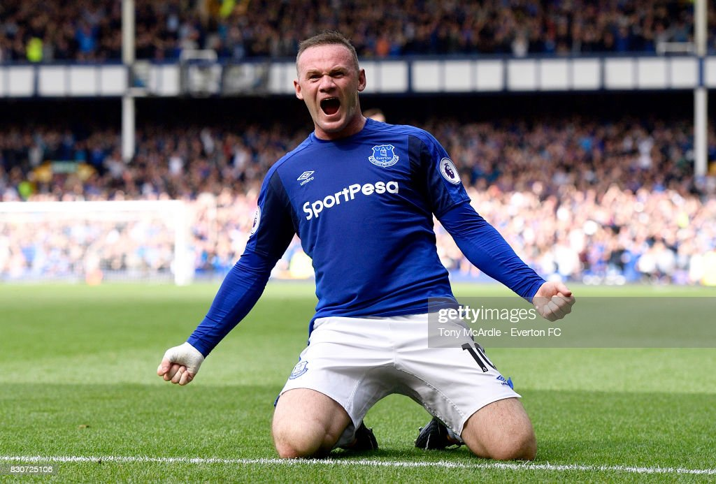 Wayne Rooney celebrates his goal during the Premier League match between Everton and Stoke City at Goodison Park on August 12, 2017 in Liverpool, England.