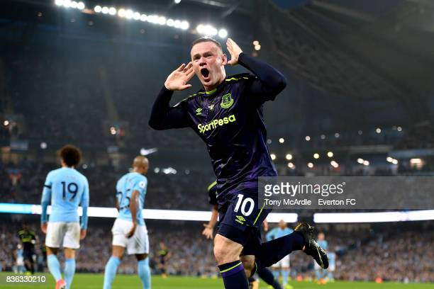 Wayne Rooney celebrates his goal during the Premier League match between Manchester City and Everton at Etihad Stadium on August 21 2017 in...