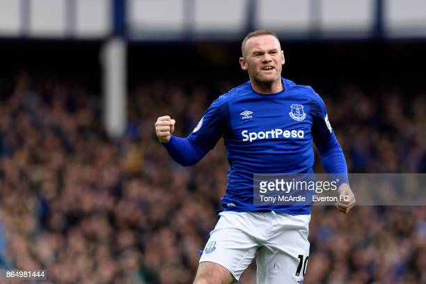 Wayne Rooney celebrates his goal during the Premier League match between Everton and Arsenal at Goodison Park on October 22 2017 in Liverpool England