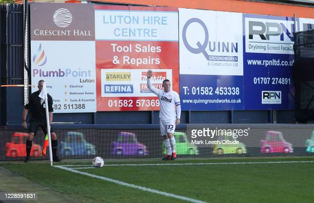 Wayne Rooney of Derby County prepares to take a corner kick during the Sky Bet Championship match between Luton Town and Derby County at Kenilworth...