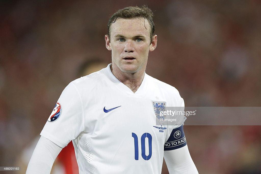 EURO 2016 qualifying match - 'Switzerland v England' : News Photo