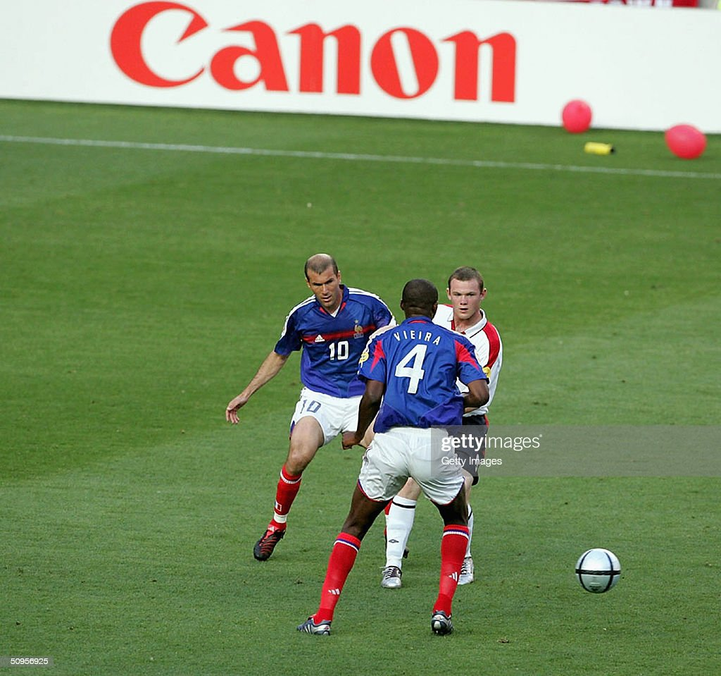 France v England : News Photo