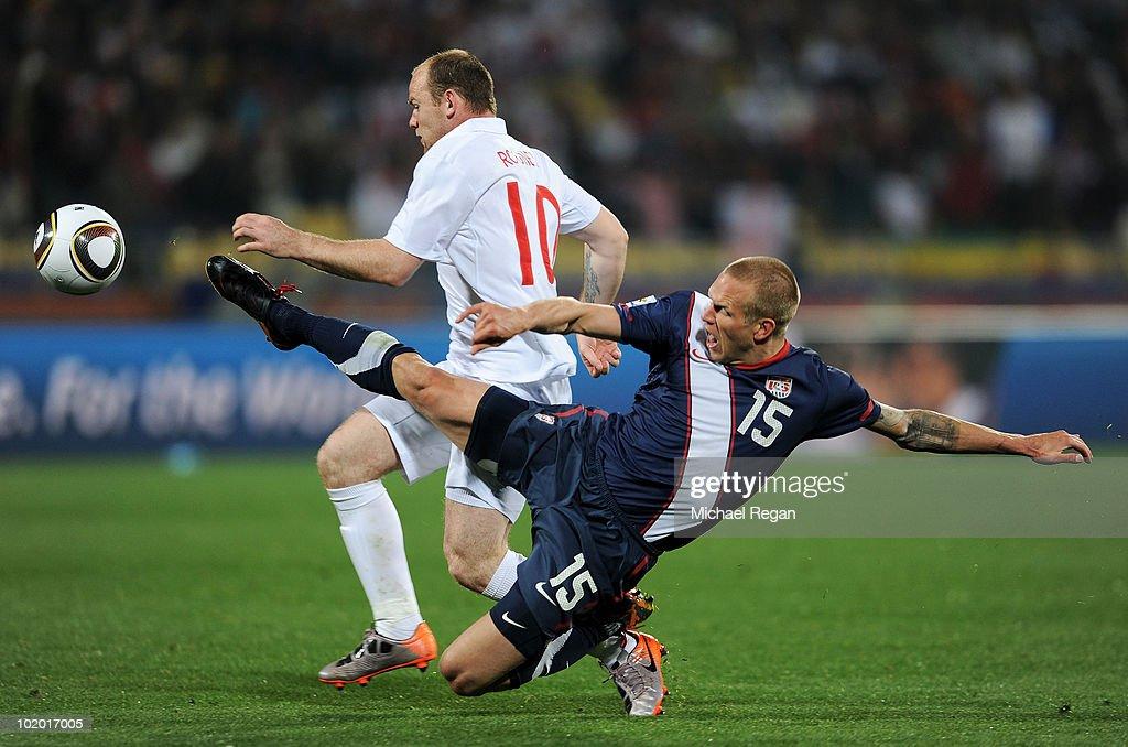 England v USA: Group C - 2010 FIFA World Cup : News Photo