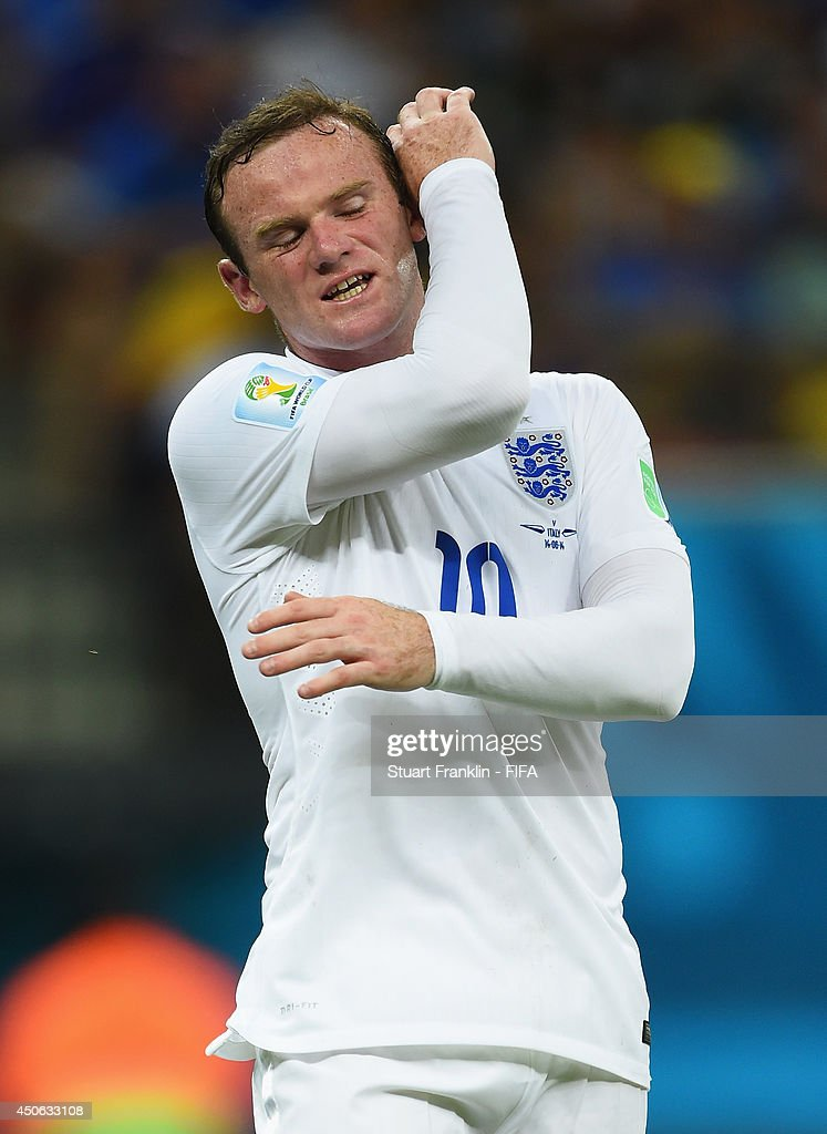 Wayne Rooney of England reacts during the 2014 FIFA World Cup Brazil Group D match between England and Italy at Arena Amazonia on June 14, 2014 in Manaus, Brazil.