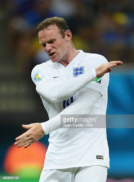Wayne Rooney of England reacts during the 2014 FIFA World Cup Brazil Group D match between England and Italy at Arena Amazonia on June 14 2014 in...